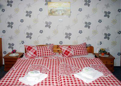 Pension Loebau Doppelzimmer1