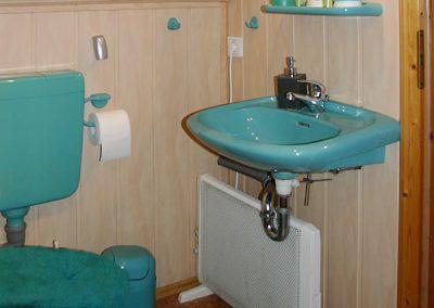 Pension Loebau Familienzimmer Badezimmer