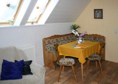 Pension Loebau Familienzimmer Sitzecke